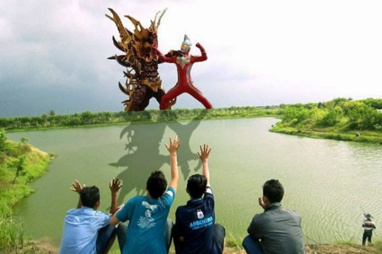 10 Funny Edited Photos If Ultraman Was In Indonesia It's Funny