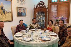 7 Momen pertemuan Megawati dan Prabowo, kompak pakai batik
