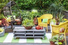 20 Dekorasi taman rumah bak kafe, bikin nongkrong makin asyik