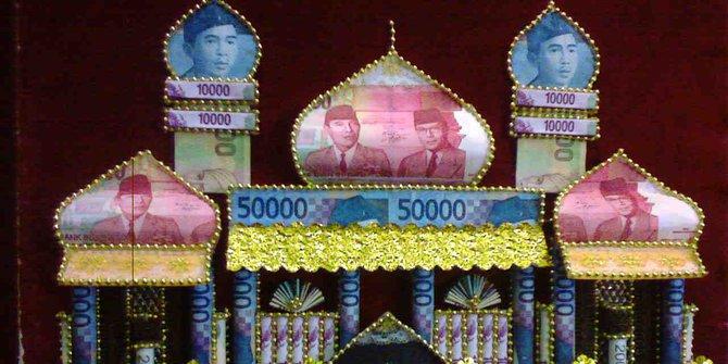 5 Fakta penggunaan uang Rupiah sebagai mahar, bisa kena denda Rp 1 M