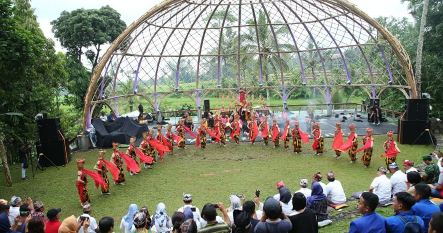 5 Fakta Festival Lembah Ijen, gelar sendratari Gandrung tiap bulan