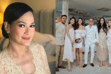 7 Fakta pernikahan ketiga Donna Harun, digelar secara privat