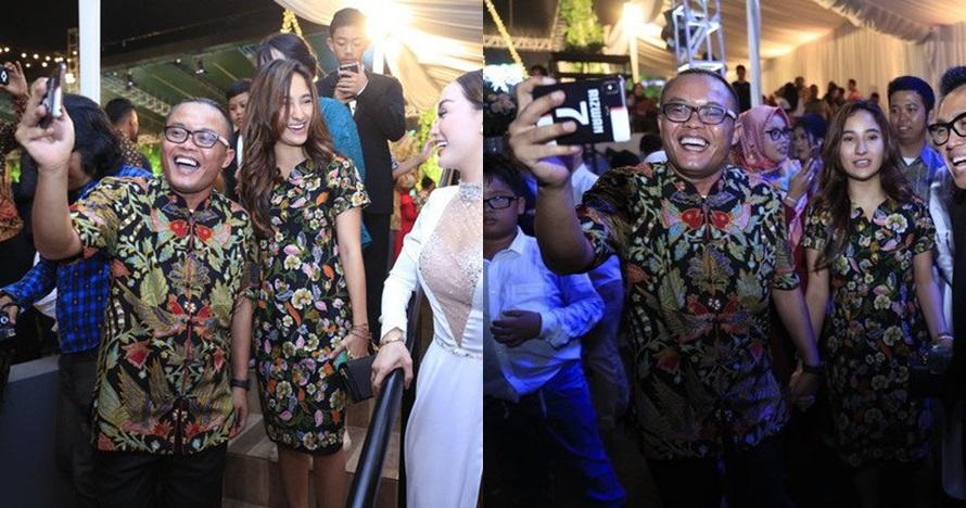 7 Momen mesra Sule & Naomi di pernikahan Siti Badriah, lengket abis