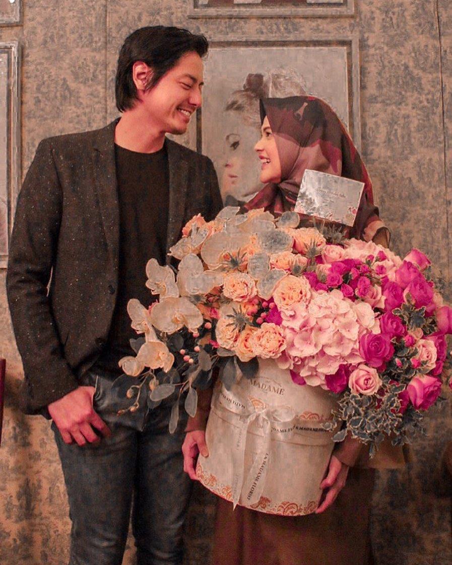cinta Roger Danuarta dan Chika  © 2019 brilio.net
