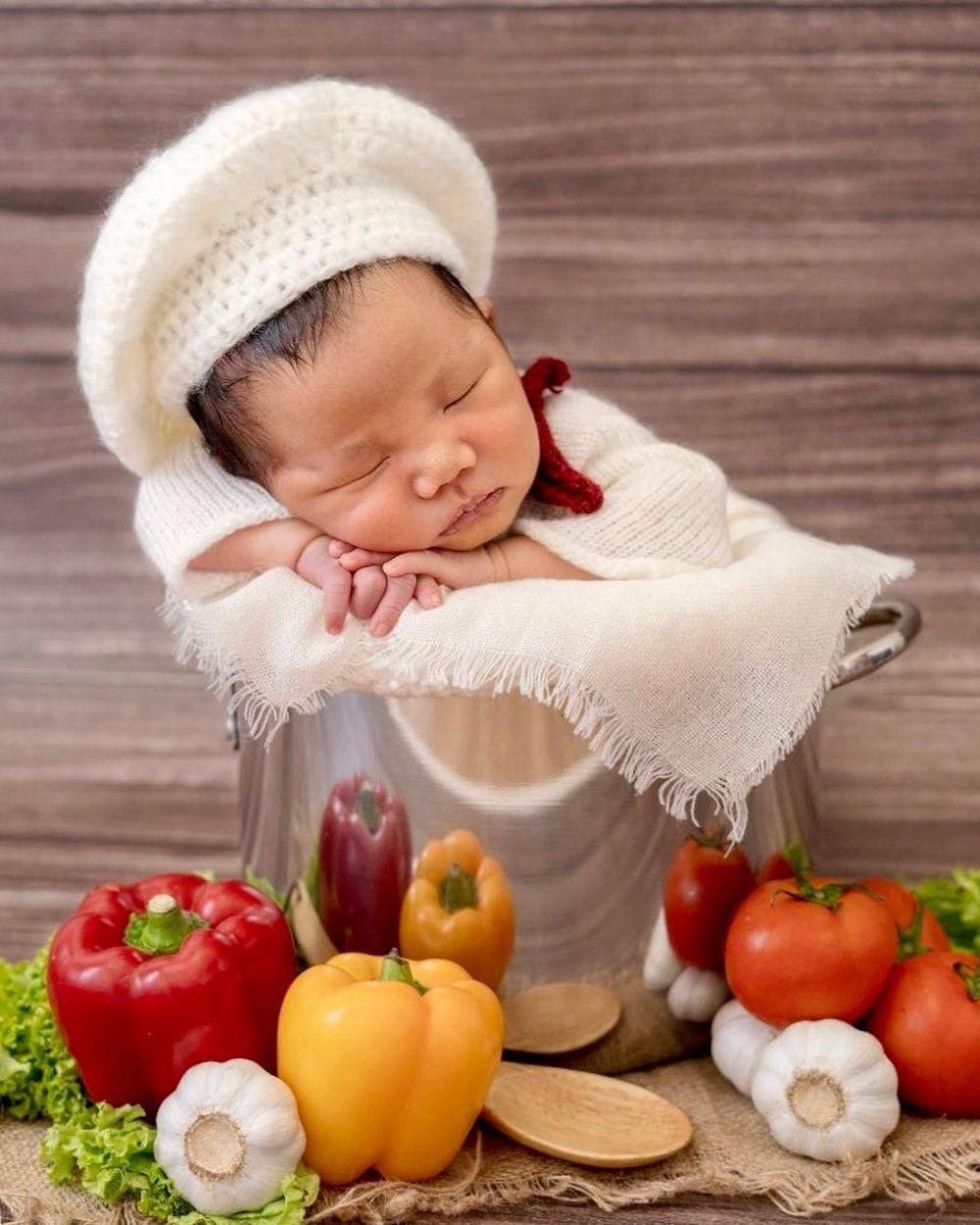 newborn putra arnold © 2019 brilio.net