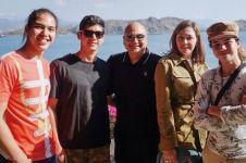 10 Potret kedekatan Irwan Mussry dan anak-anak Maia, kompak abis