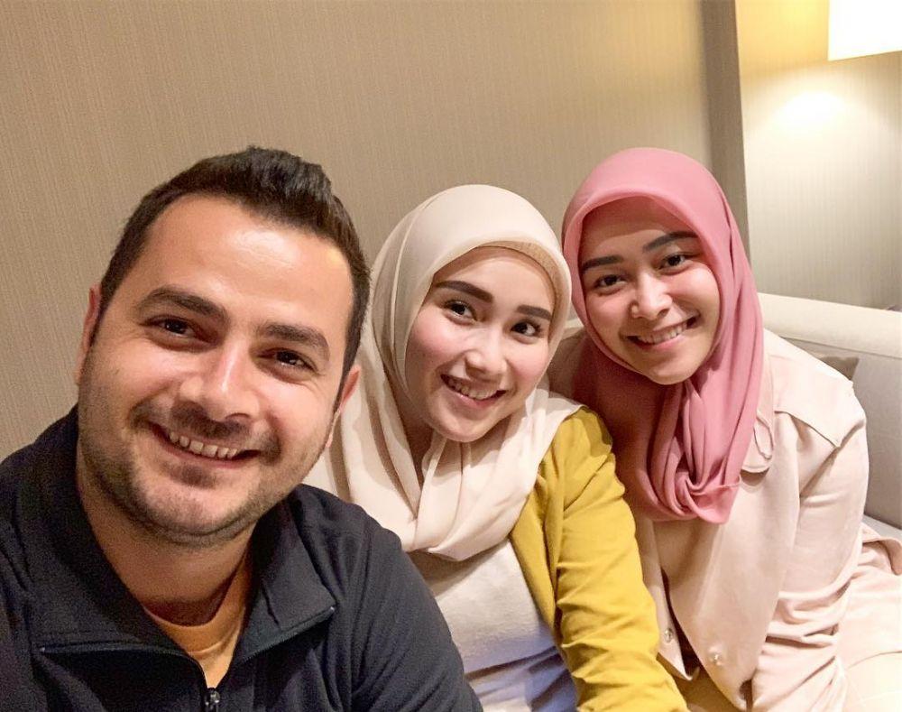 momen Ayu Ting Ting dan Ramazan instagram