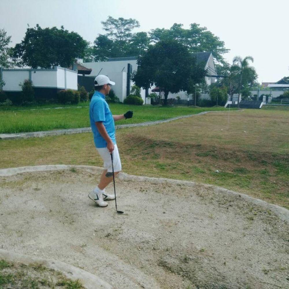 Rumah seleb ini dilengkapi lapangan golf   © 2019 brilio.net