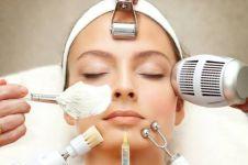 16 Cara menghilangkan kantung mata secara alami dan efektif