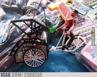 mainan anak absurd © 2019 berbagai sumber