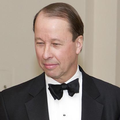 CEO gaji tinggi Bloomberg forbes