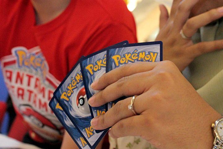 Kartu Pokemon berbahasa Indonesia diluncurkan, bikin main makin asyik