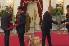 Momen unik Dubes Turki lupa bersalaman dengan Jokowi, kocak abis!
