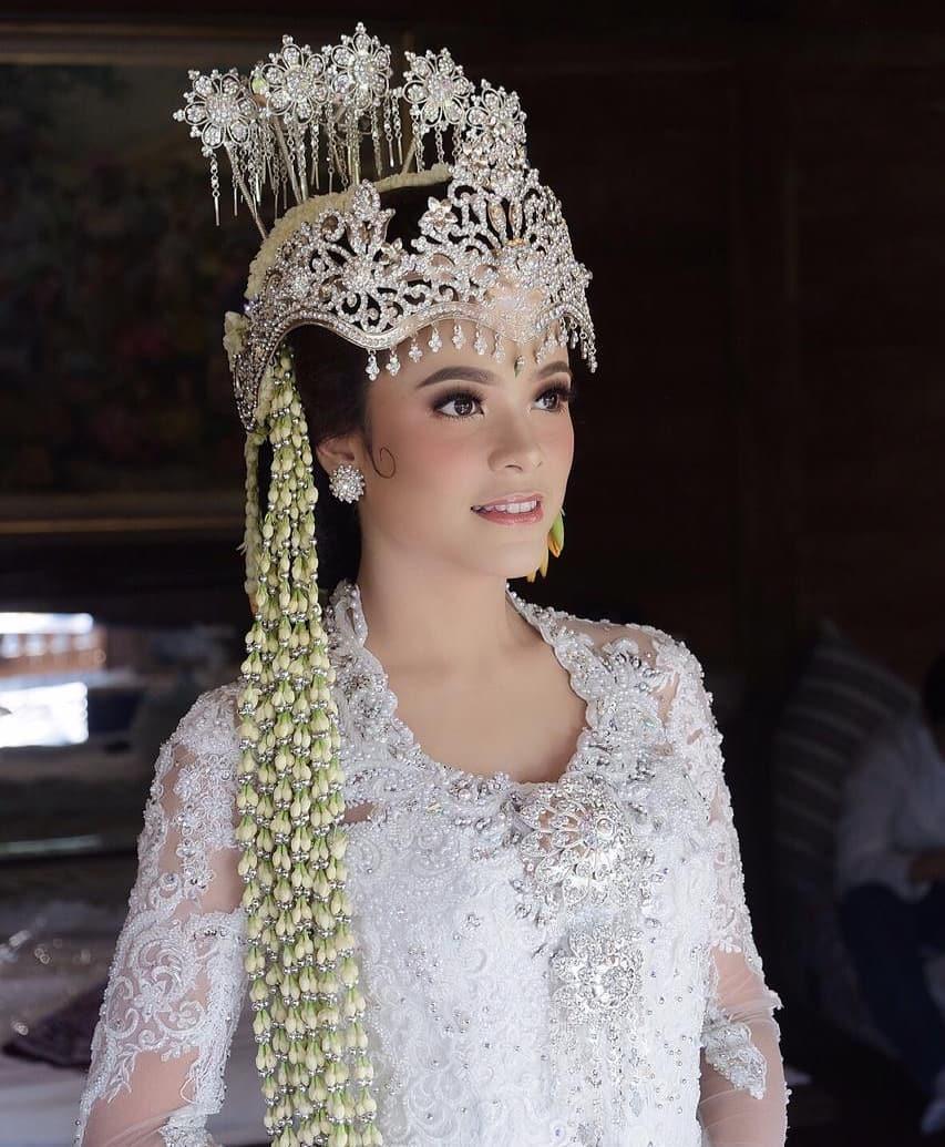 pernikahan cantika anak minati © 2019 brilio.net