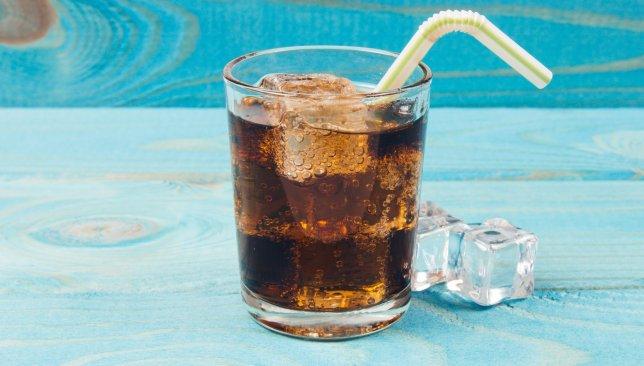 minum soda © 2019 brilio.net