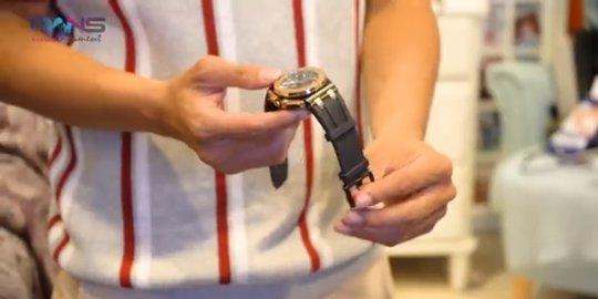 bentuk jam tangan Merry instagram