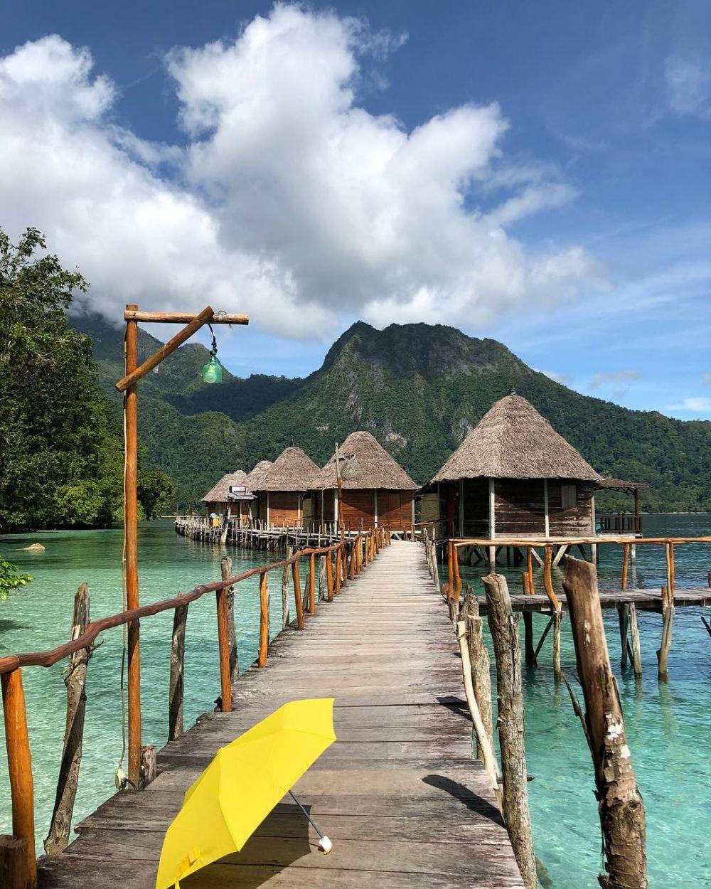 9 Tempat honeymoon romantis di Indonesia, bikin makin mesra