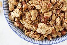 Resep membuat granola, teman menyantap smoothies lezat dan sehat
