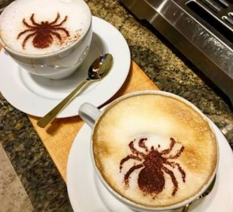 gambar latte art absurd © 2019 brilio.net