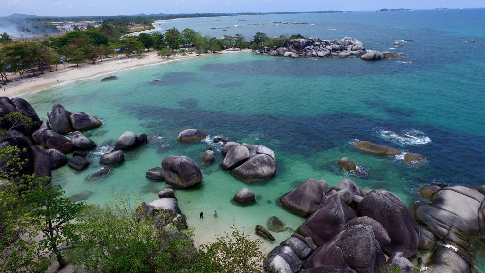 Refreshing di 7 surga dunia Belitung, cuma modal Rp 2 juta berbagai sumber