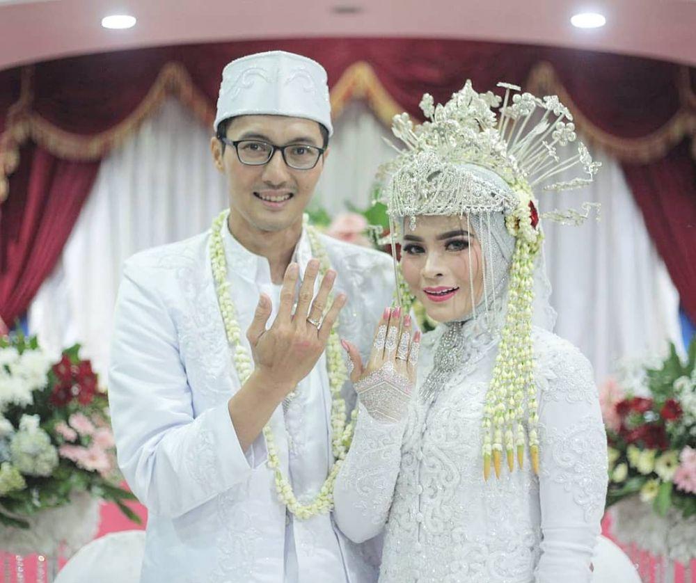 9 Inspirasi mahkota adat pernikahan tradisional Indonesia, elega