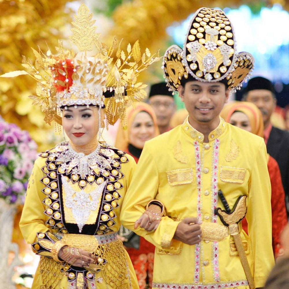 Inspirasi mahkota pengantin © 2019 brilio.net