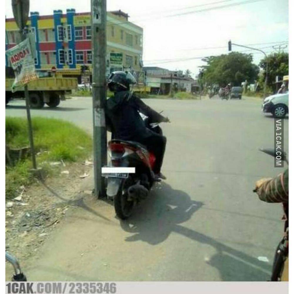 bapak naik motor © 2019 brilio.net