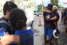Viral momen haru mahasiswa pulang KKN dari Papua, bikin nangis
