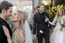 8 Momen pernikahan raja YouTuber Pewdiepie dan kekasihnya, romantis