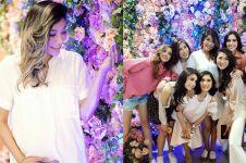 8 Potret seru baby shower Irene anggota Girls Squad, glamor abis