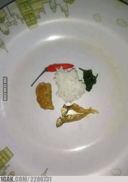 momen gagal makan enak ngelus dada © berbagai sumber