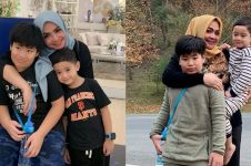 10 Momen kedekatan Rieta Amilia dan putra angkatnya, kompak abis