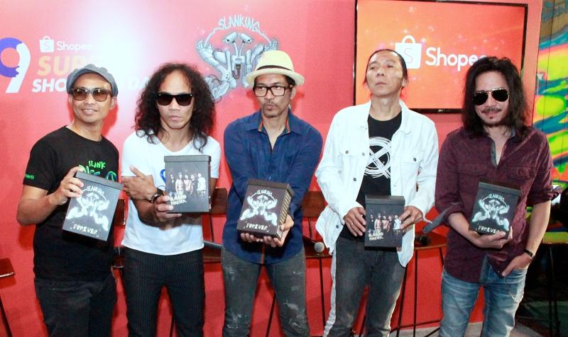 Slanking Forever, album paripurna Slank yang bernarasi spiritual