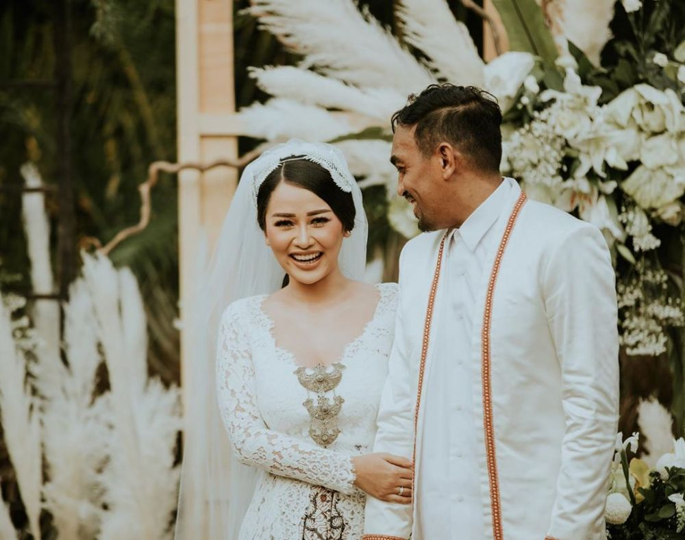 Mutia Ayu unggah foto nikah  © 2019 brilio.net
