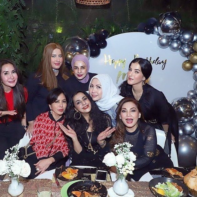 ultah ibunda Tasya instagram