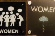 10 Tanda di pintu toilet ini kelewat kreatif, bikin nyengir
