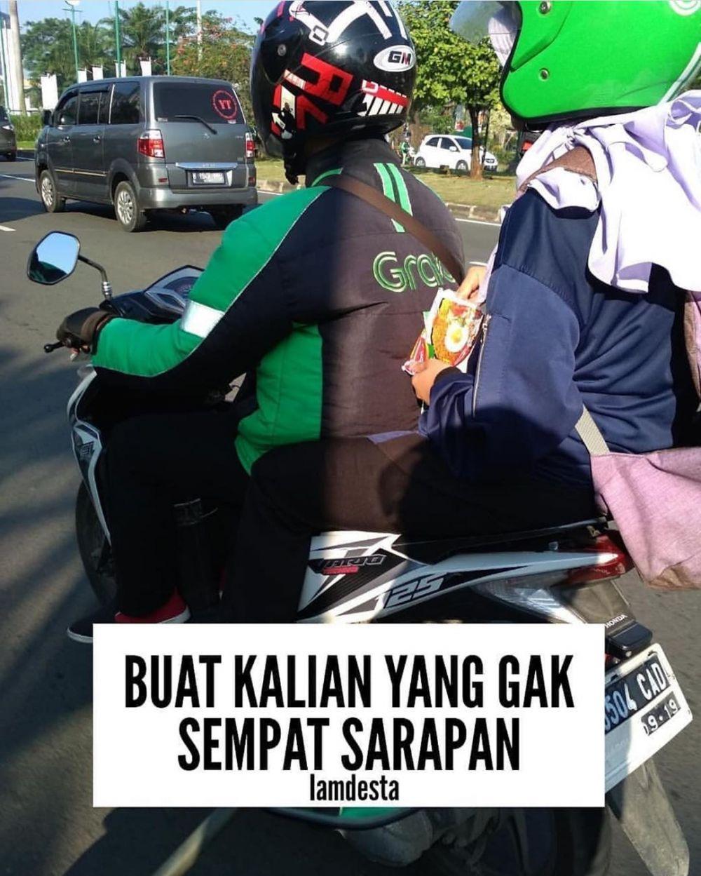 momen absurd penumpang ojek online © berbagai sumber