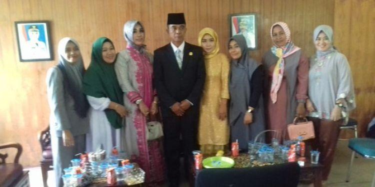 Andi Sukma bawa 3 dari 4 istri saat pelantikan anggota DPRD Luwu