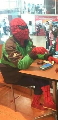 driver ojol superhero © 2019 berbagai sumber