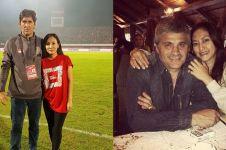 7 Pelatih sepak bola asing ini jatuh ke pelukan wanita Indonesia