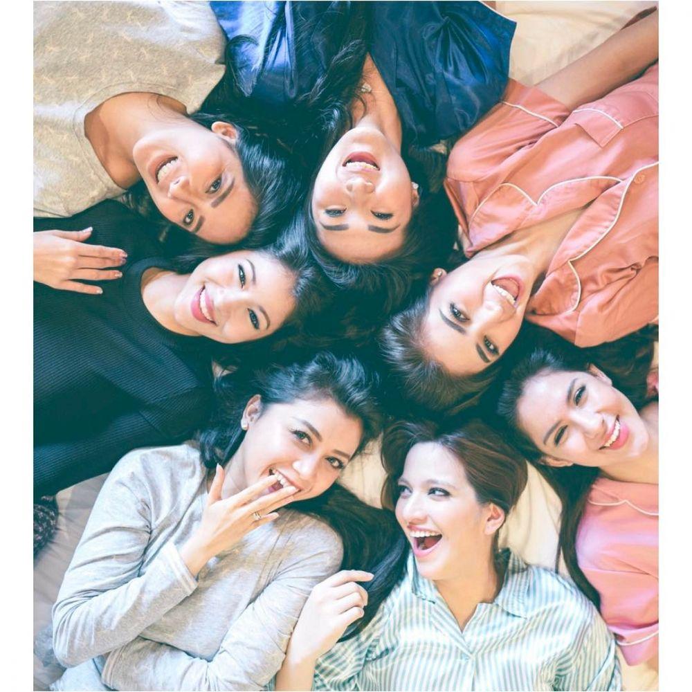 macam tema pemotretan girl squad © 2019 brilio.net