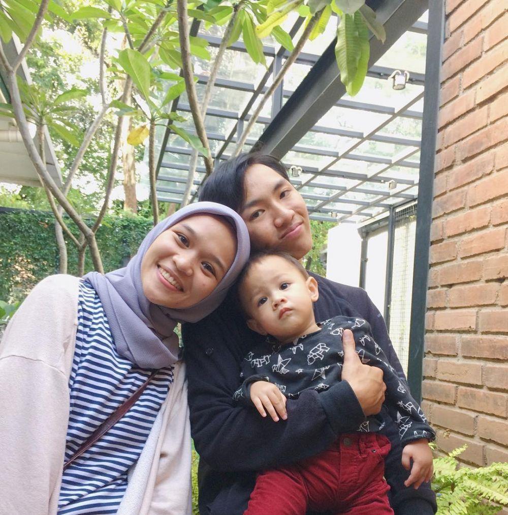tika dan keluarga Ringgo  © 2019 brilio.net