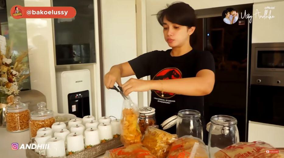 ussy masak arisan  © 2019 brilio.net