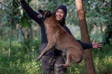 10 Momen Bima Aryo sama anjing peliharaannya, sempat diajak prewed