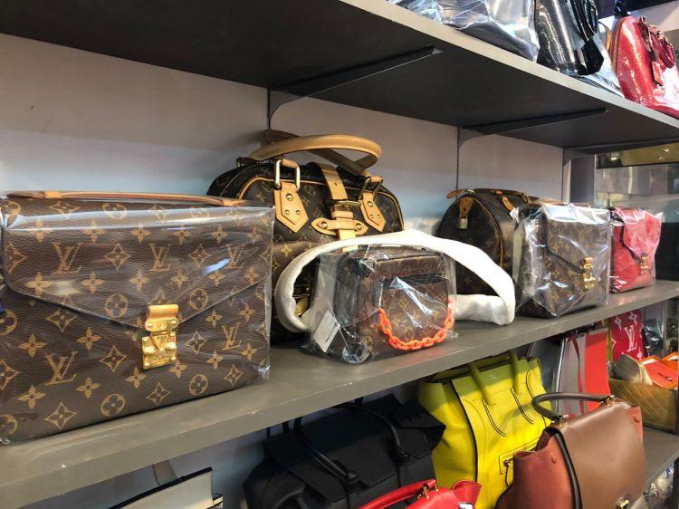 Tips merawat tas mahal agar tidak mudah rusak dan berjamur