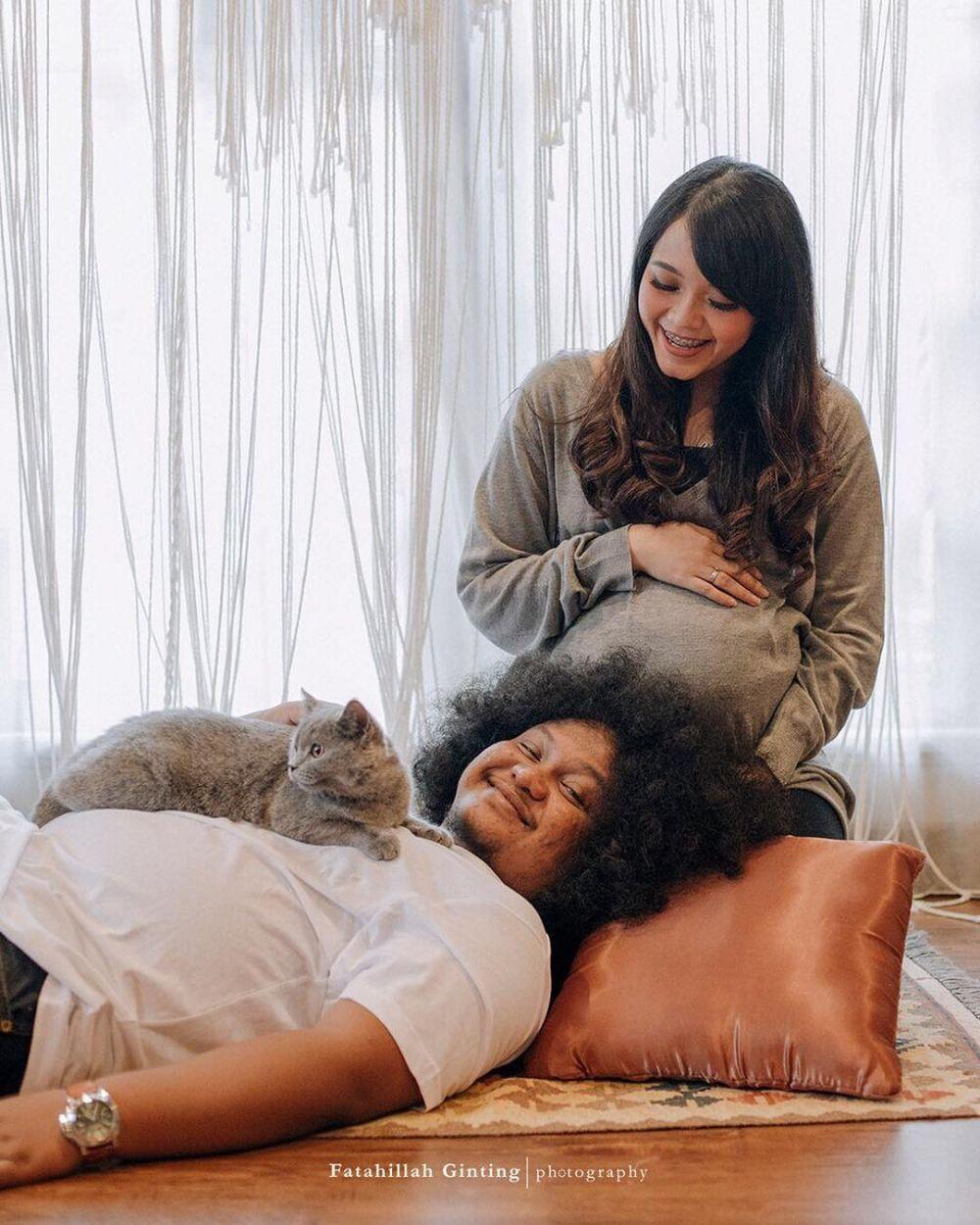 Seleb ini lakukan pemotretan maternity bareng hewan Instagram