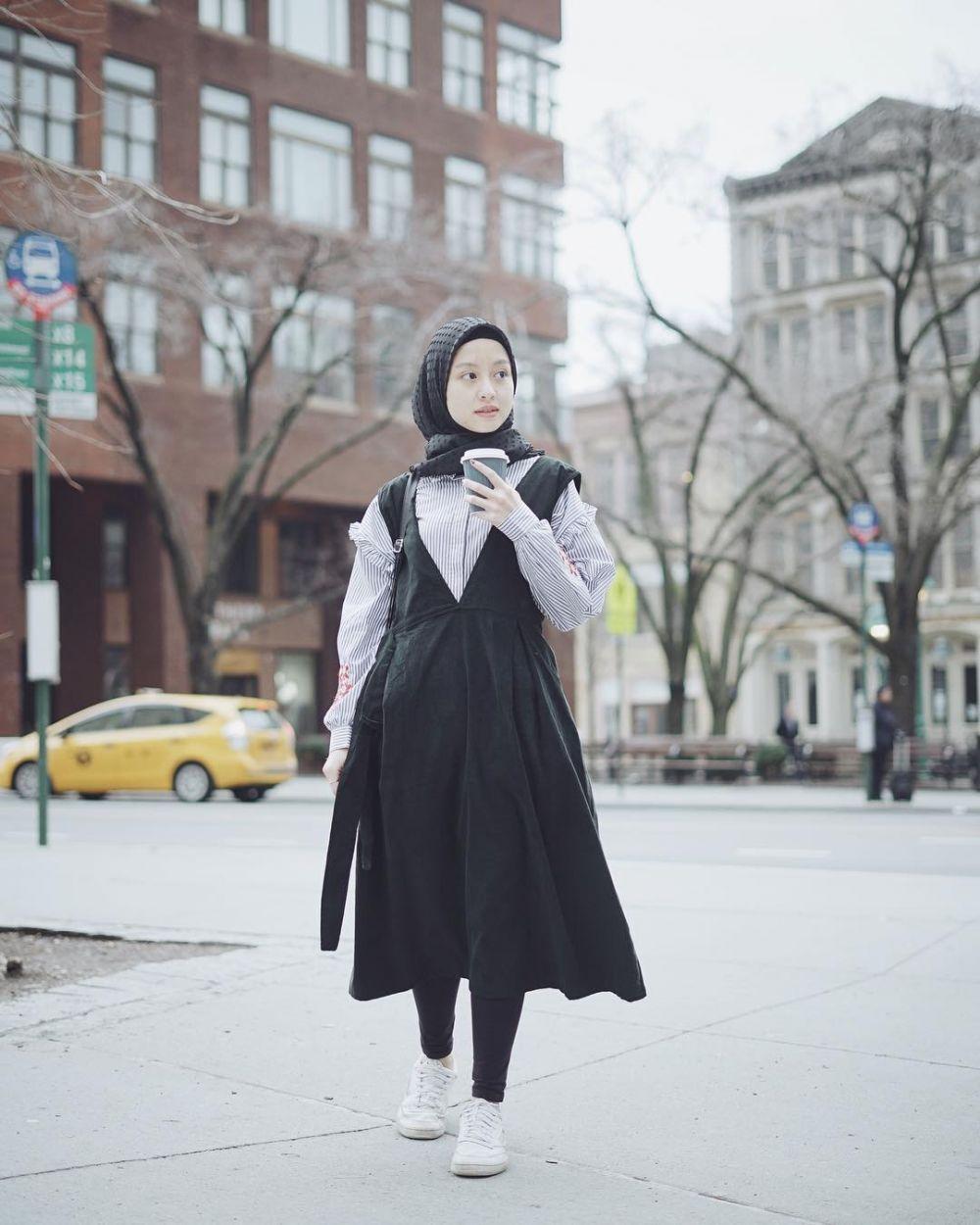 12 Padu padan overall untuk hijabers, stylish dan kekinian Instagram