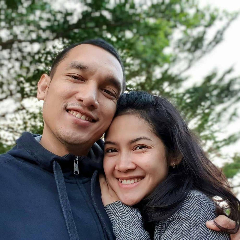 Giovanni dan istri  © 2019 brilio.net