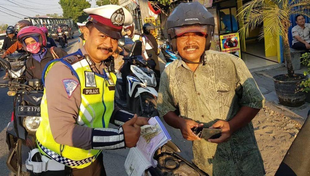 polisi razia ayah © 2019 brilio.net