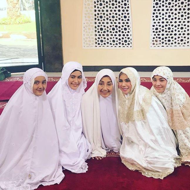 nabila zavira pakai hijab Instagram